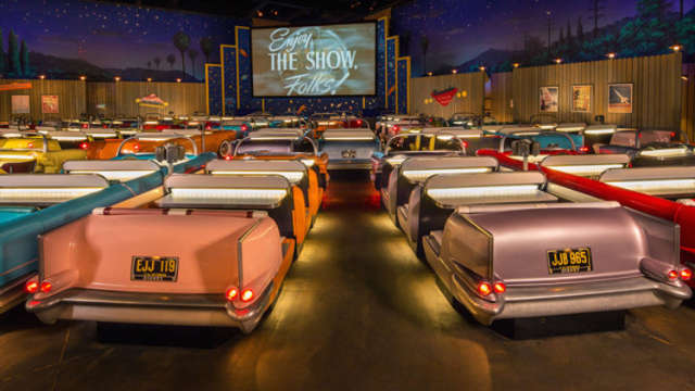no cars are allowed at america 39 s craziest retro drive in movie theater huffpost. Black Bedroom Furniture Sets. Home Design Ideas