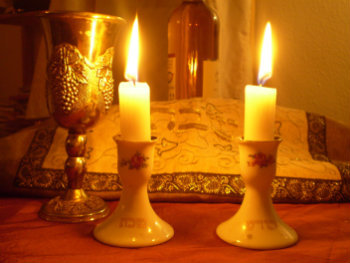 2015-02-20-Shabbat_Candles350.jpg