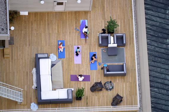 2015-02-20-rooftoppingpeopleyoga.jpg