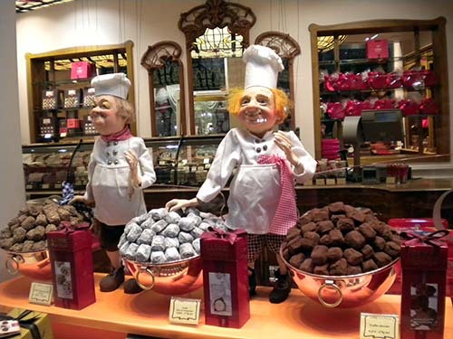2015-02-21-ChocolatetrufflesheavenAbuFadil.jpg