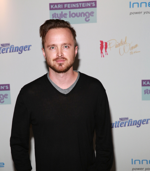 2015-02-22-rsz_aaron_paul_at_kari_feinsteins_preoscars_lounge_presented_by_painted_woman_by_kameco.jpg