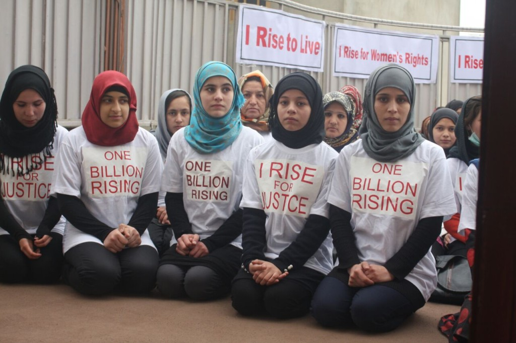 this is what revolution looks like one billion rising revolution  this is what revolution looks like one billion rising revolution photo essay huffpost