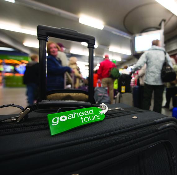 2015-02-24-Suitcase_JdeBock.jpg