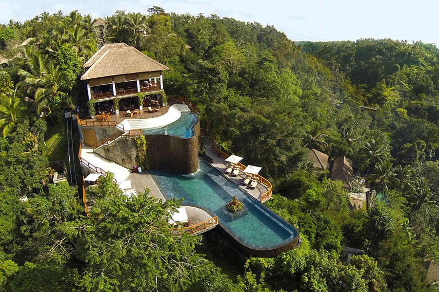 Bali 39 s must visit shops restaurants and hotels huffpost for Pool design bali