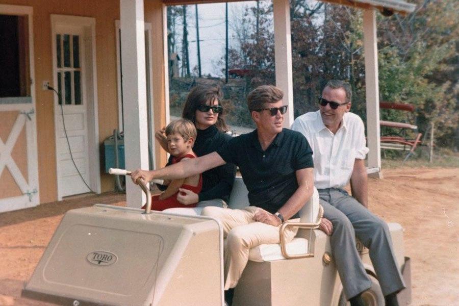 Rare Photos Of The Kennedys Virginia Estate Huffpost