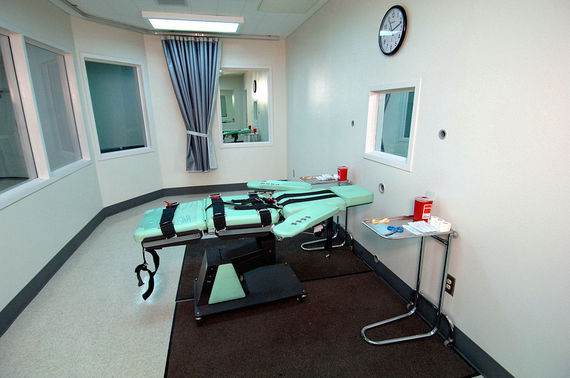 2015-02-28-1024pxSQ_Lethal_Injection_Room.jpg