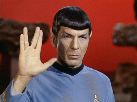 2015-02-28-Spock_performing_Vulcan_salute.jpg
