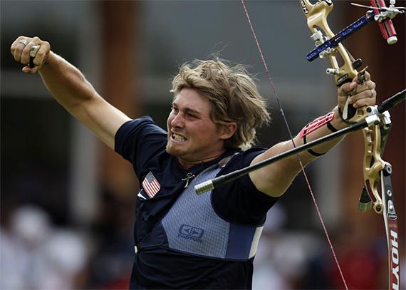2015-03-02-120728_APTOPIX_London_Olympics_Archery_Men_x_58.jpg