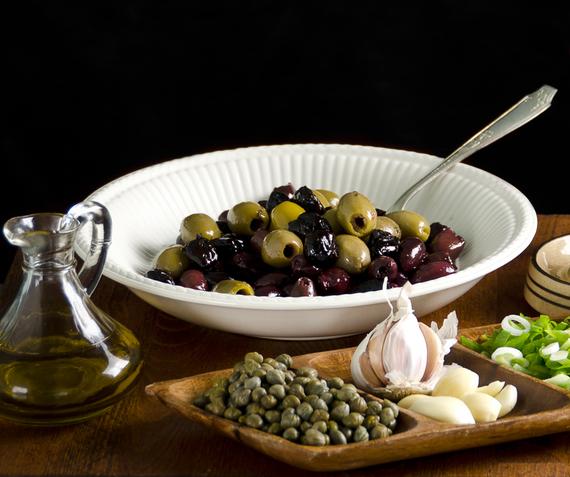2015-03-03-1425414032-3271207-olives.jpg