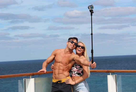 Najslabši pari, ki jih srečate na počitniških postajališčih-3599