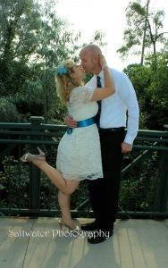 2015-03-04-1425478991-2189186-kissing.jpg