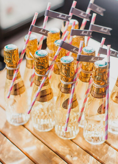2015-03-05-1425568187-984254-10weddingfavors03_detail.jpg