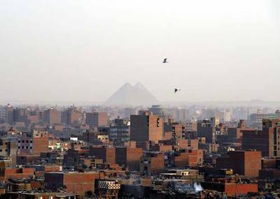 2015-03-05-1425592488-4108650-RedaPyramids.jpg