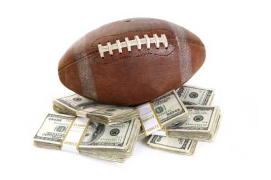 2015-03-07-1425764458-8174401-CollegeFootball.jpg