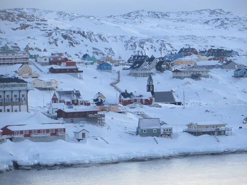 2015-03-09-1425936707-5492644-Greenland471.JPG