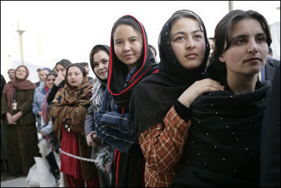 2015-03-13-1426273625-5955263-Women_of_Afghanistan.jpg