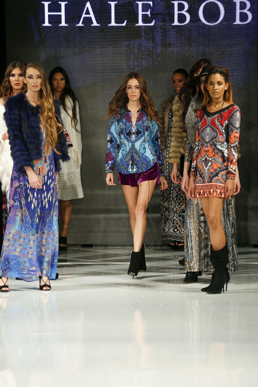 La Fashion Week Sizzles Huffpost