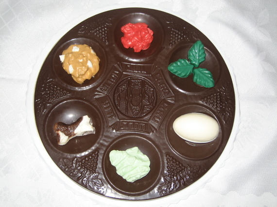 2015-03-17-1426616998-1412311-ChocolateSederPlate.JPG