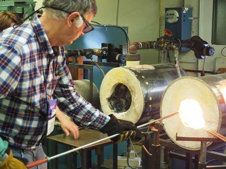 2015-03-18-1426695640-1861088-Mike_Gerrard_Glass_Making_In_Berea_Kentucky.jpg