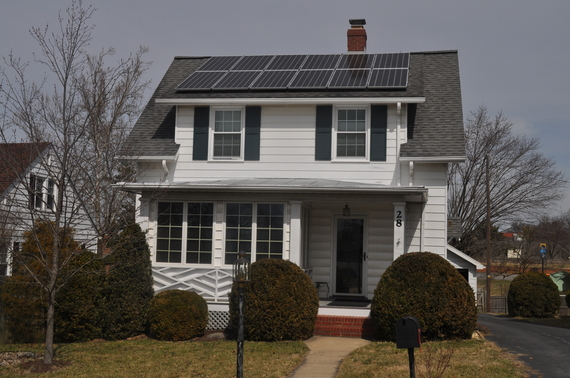 2015-03-18-1426721285-2413800-solar_array.jpg