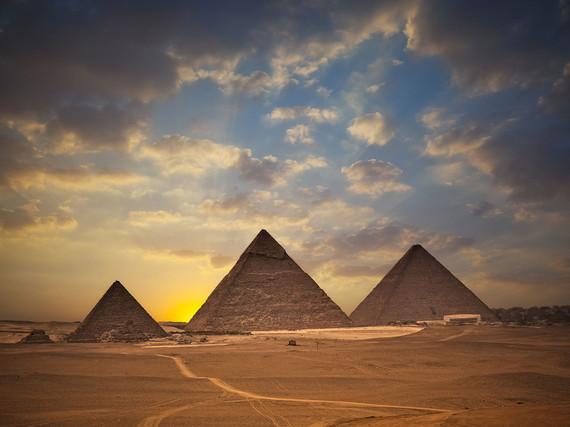2015-03-19-1426795143-6831664-53fffa02a5a7650f3959db8c_pyramidsgizaegypt.jpg