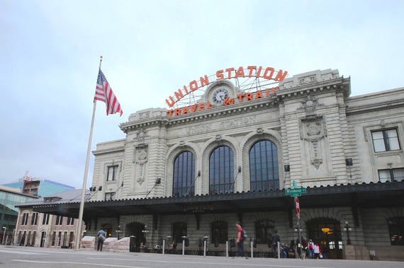 2015-03-20-1426854650-4233461-UnionStationBright.jpg