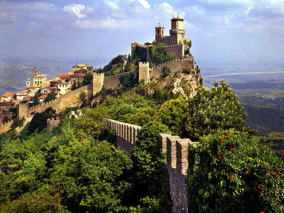 5 countries that are small enough to see in one day huffpost for Flights to san marino italy