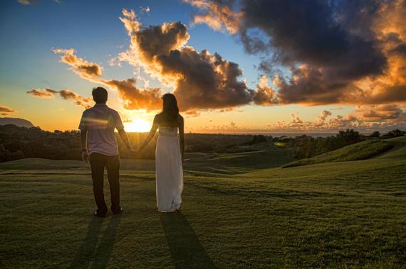 2015-03-22-1427062847-2558908-Couple_holding_hands_in_Kauai_7635480262.jpg