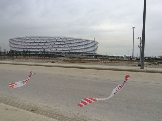 2015-03-23-1427119810-6972173-BakuOlympicstadium.jpg