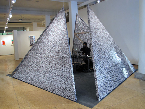 2015-03-25-1427302583-6219197-DerrickAdams_TheHoldoutSculptureCourtesyoftheartistandAljira.jpg