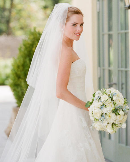 Styles Of Wedding Veils: Everything You Need To Know About Wedding Veils