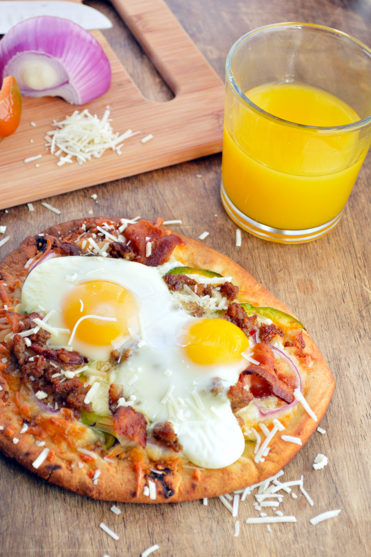 Easy Breakfast Pizza To Kick Off The Weekend