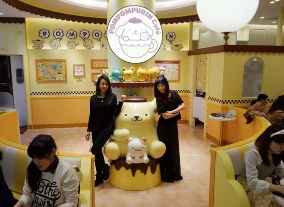 2015-03-30-1427695169-1001794-la_carmina_lacarmina_sanrio_cafe_harajuku.jpg