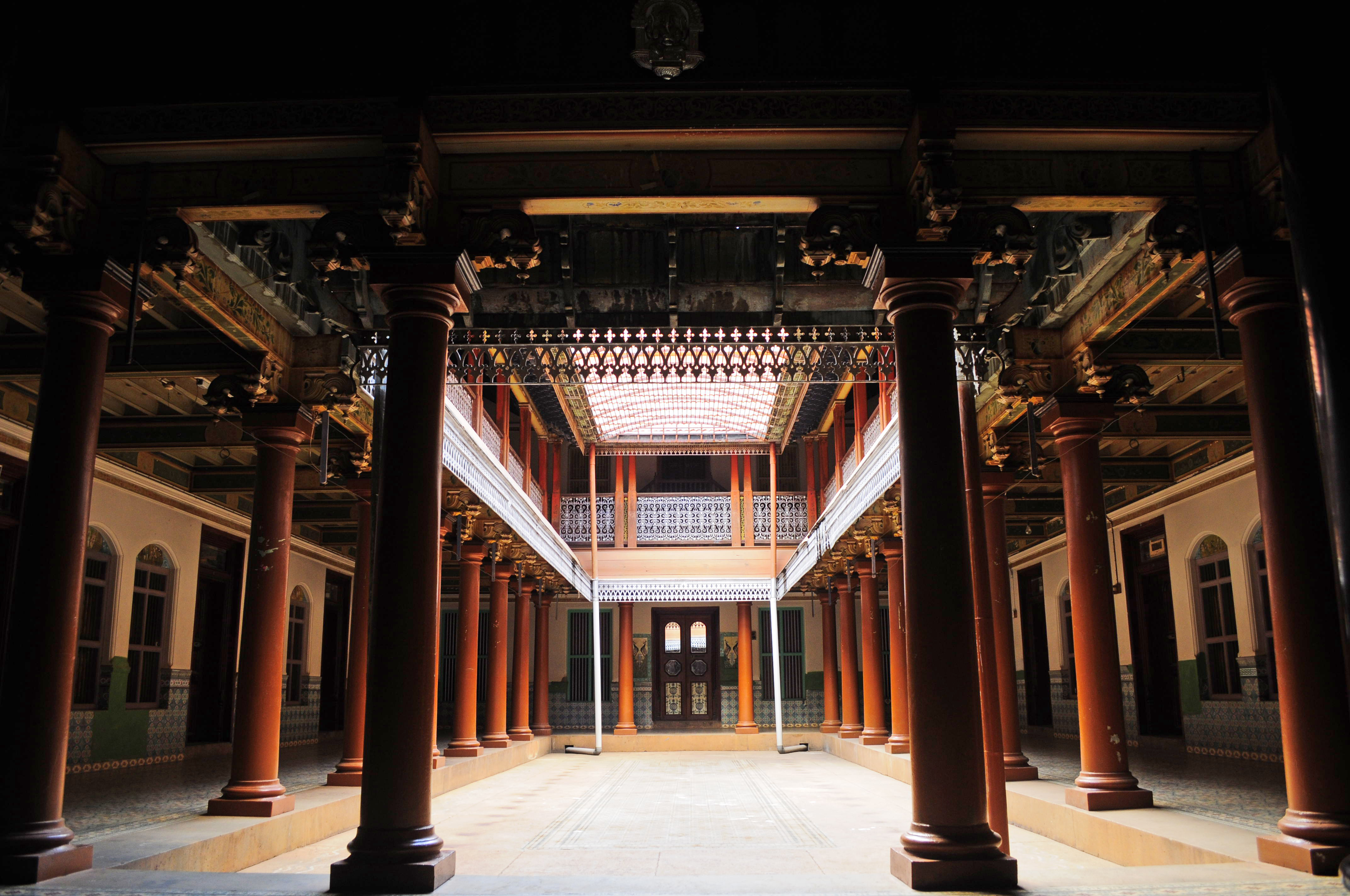 10 things to see and do in chettinad for Chettinad house architecture design