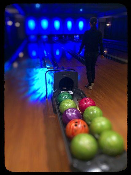 2015-03-31-1427826531-1796253-bowling.jpg