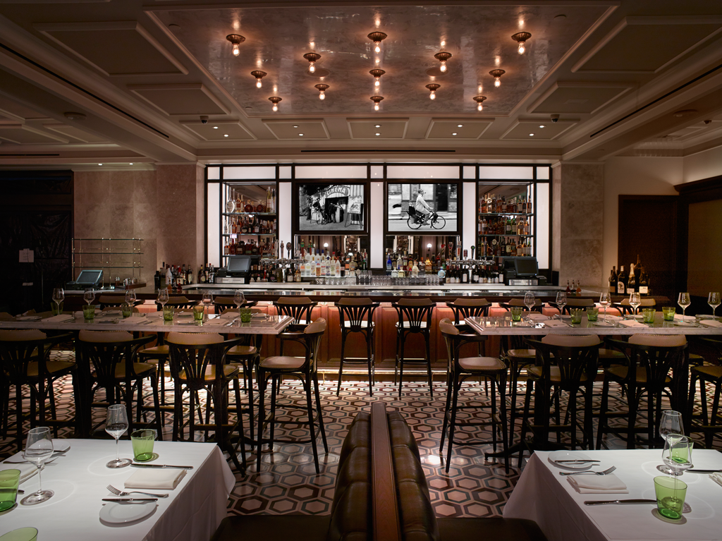20 Great Happy Hours On The Las Vegas Strip Huffpost Life