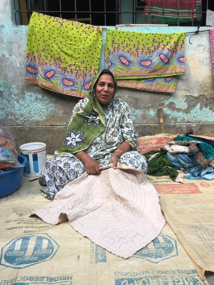 2015-04-01-1427896813-9408250-WomanembroideringforleisureinBangladesh.JPG