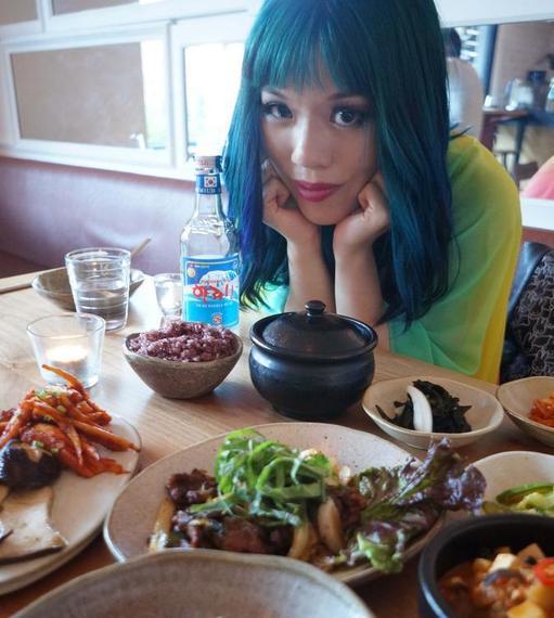 2015-04-02-1427939707-1079478-la_carmina_korea_seoul_lacarmina_travel_blog.jpg