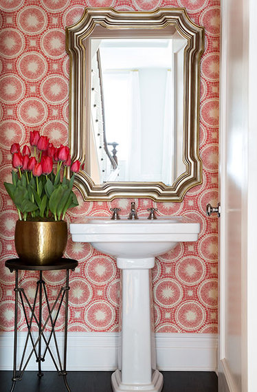 6 reasons to use wallpaper in a small bathroom huffpost - Small powder room decorating ideas ...