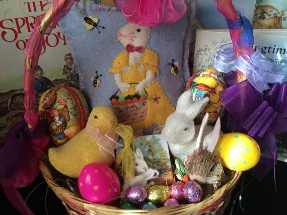 2015-04-02-1427989304-5465162-Easterbasket.jpg