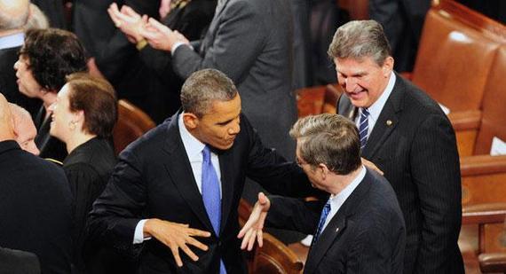2015-04-02-1428014467-2997935-130212_obama_manchin_handshake_shinkle_605_605.jpg