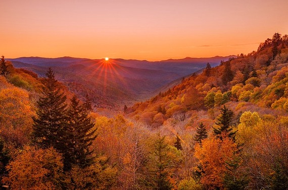 2015-04-03-1428087285-7417769-SunriseOverOconalufteeValleyinGreatSmokyMountainsNationalParkTennessee.jpg