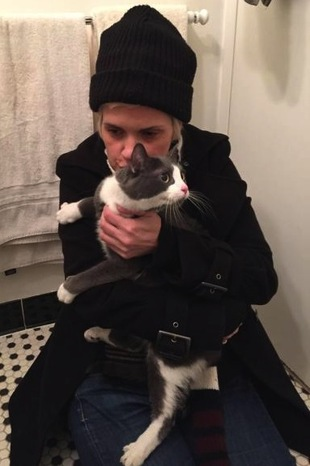 2015-04-03-1428087747-101512-kathleen_blomberg_kitty_cordelia_east_village_explosion_reunited_found_cats.jpg