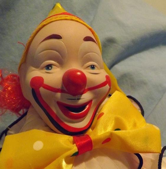 2015-04-03-1428092598-5740726-Clowncrop.jpg