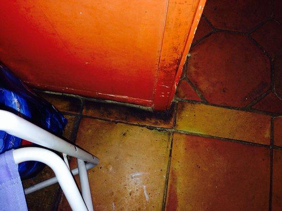2015-04-07-1428419391-8169-kitchenfloor.jpg