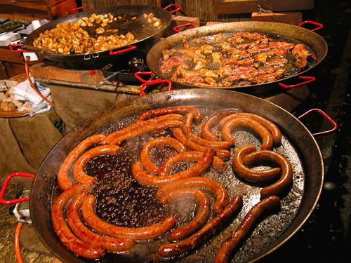 2015-04-07-1428425660-2843875-sausage.jpg