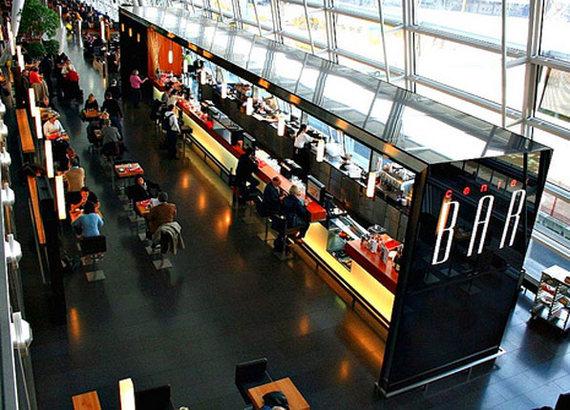 2015-04-07-1428442628-6158429-airport_bar1.jpg