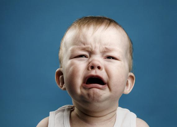 2015-04-07-1428442809-7848103-crying_baby_plane.jpg