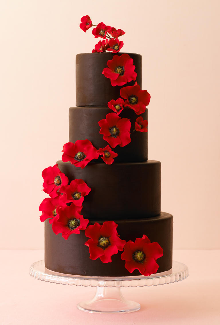 10 wedding cakes that almost look too pretty to eat huffpost. Black Bedroom Furniture Sets. Home Design Ideas
