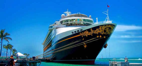 2015-04-08-1428503118-8262787-CruiseShip_1.jpeg